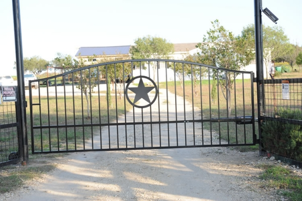Berry raley s custom fence company gates metal art