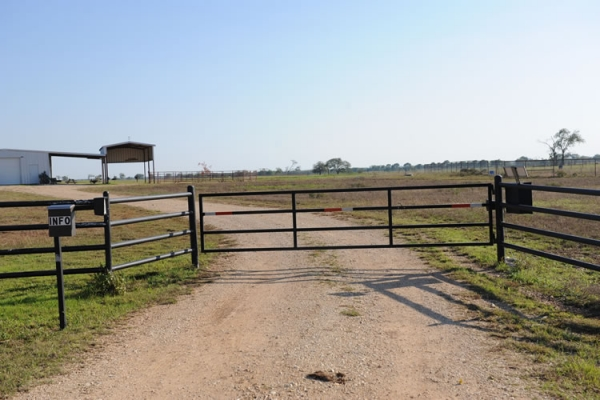 Berry Raleys Custom Fence Company Photo Gallery